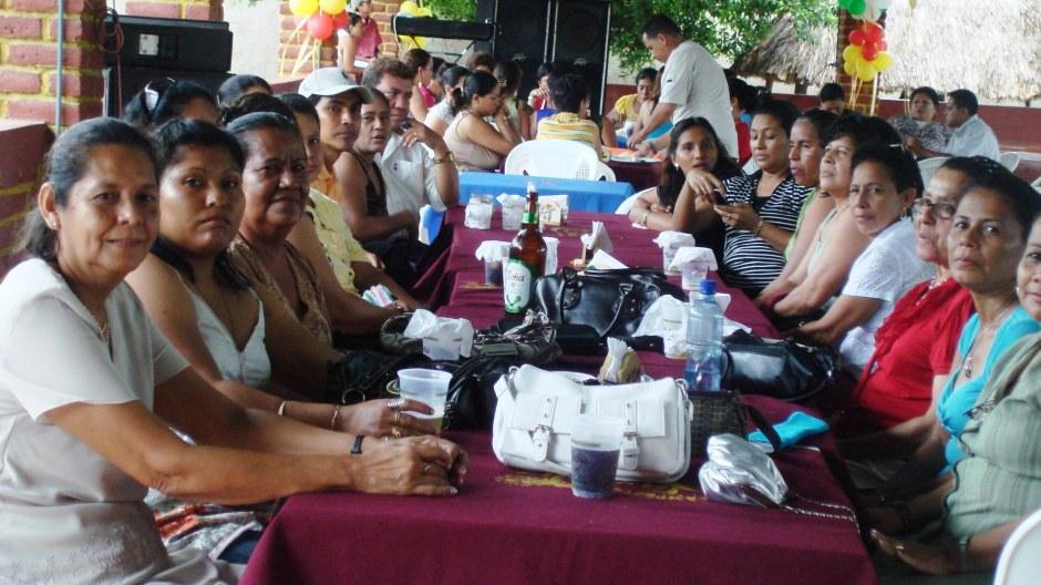 El día del maestro nicaragüense se institucionalizó el 9 de noviembre de 1977, por la Cámara de Diputados y la Cámara del Senado de Nicaragua.