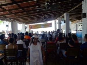 El comité  organizador del Festival en Rivas se vistió de blanco como símbolo de querer la  paz en el mundo. Vilma Vílchez del Movimiento Artístico Cultural Álvaro Urtecho una de las organizaciones anfitrionas.